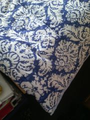 Tagesdecke blau-weiß /