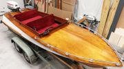 Holzboot , Motorboot mit