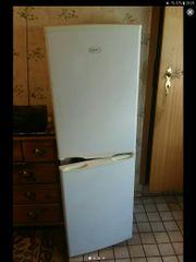 Kühl-gefrierkombination zu