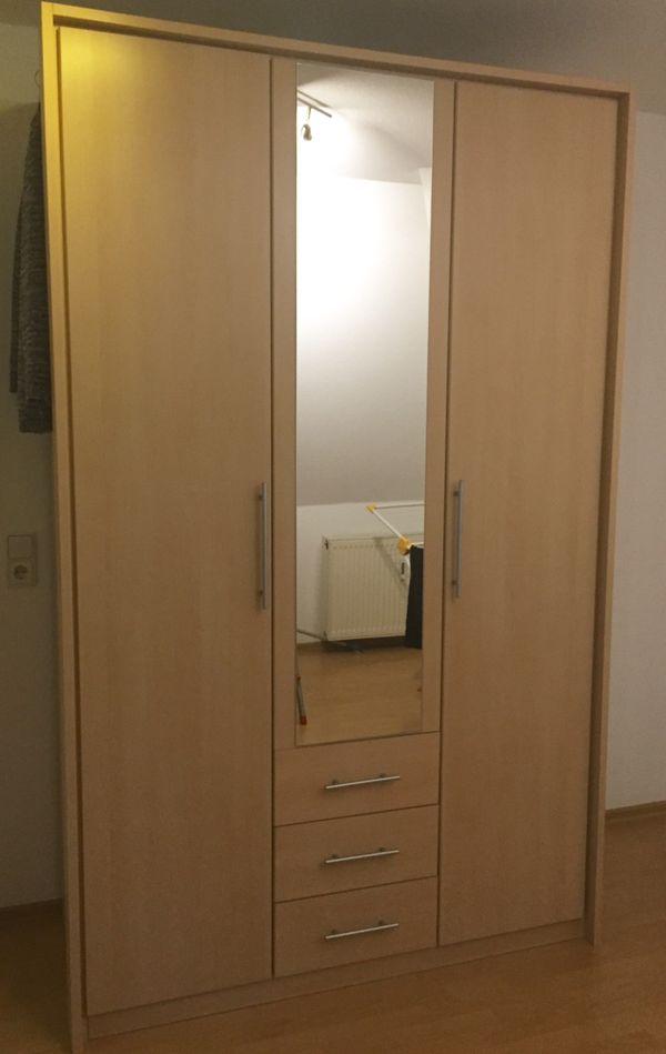 Kleiderschrank schiebetüren spiegel  Kleiderschrank kaufen / Kleiderschrank gebraucht - dhd24.com