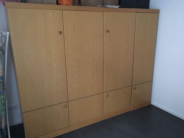Schrankbett Guenstig. Free Mbel Gnstig Zu Verkaufen Couch Schrank ...