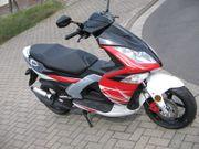 NEU-MOTORROLLER-RUNNER-