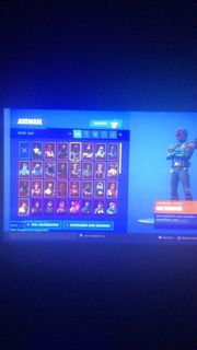 81 skins Fortnite Account