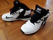 Nike Sportschuhe Gr.