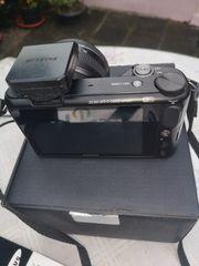 Samsung Systemkamera NX 2000 mit