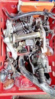 Diverse Yamaha Virago 125 Teile