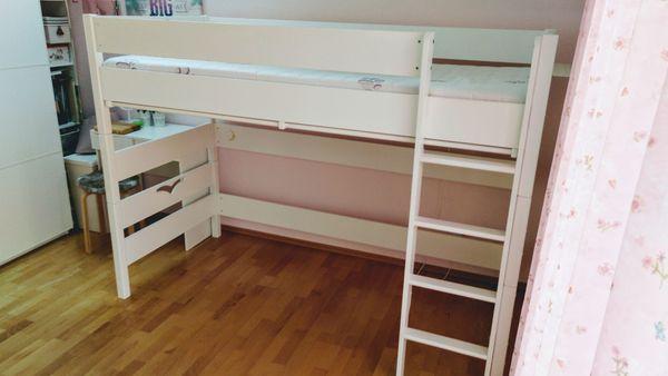 Kinderzimmer Mit Hochbett | Biete Kinderzimmer Hochbett Komplett Von Taube In Karlsruhe