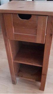 schickes Holz Badregal
