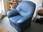 Blauer Sessel Kunstleder