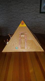 Playmobil Pyramide Piratenschiff und Motorboot