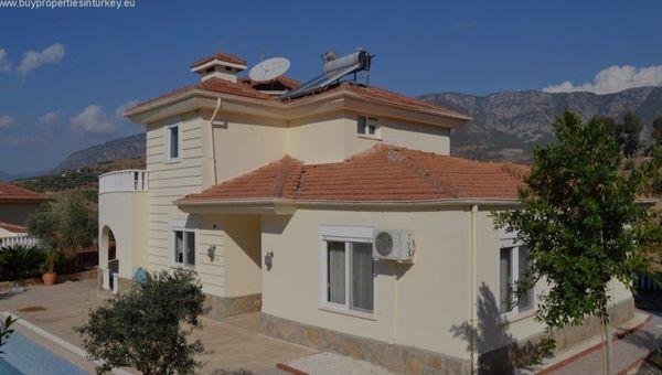 Luxus Villa in Alanya Türkei