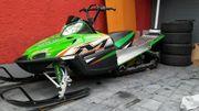 Motorschlitten Snowmobil Skidoo