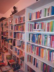 Bücherregale aus Buchladen Auflösung