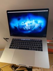 MacBook Pro 15 4 Silber