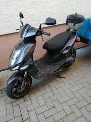 Roller schwarz 50