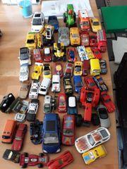 55 Spielzeugautos abzugeben